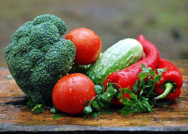 春に植える野菜のおすすめは?家庭菜園向けの簡単な野菜10選